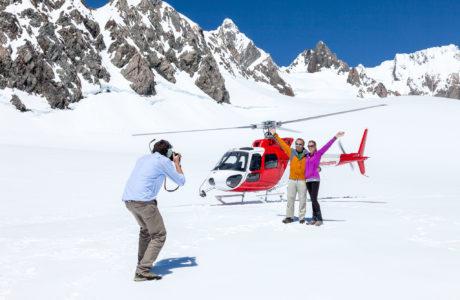Glacier snow landing tours