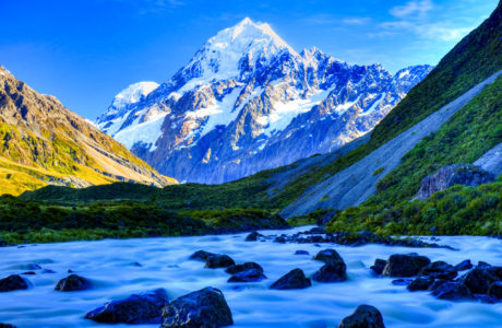 Christchurch to Queenstown via Mt Cook Day Tour