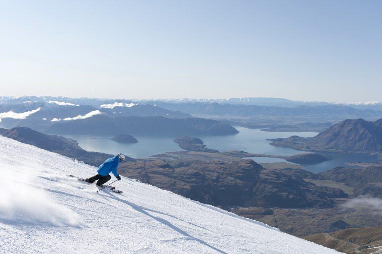Treble-Cone-Wanaka-Skier-View1-MR